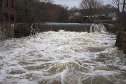 Pawtuxet River, 11 ft above flood stage, 3/31/10