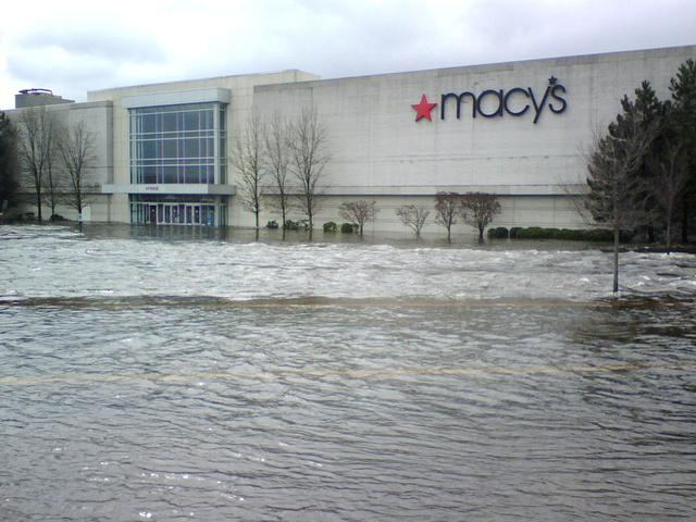 Macy's at the Warwick Mall, Warwick RI, 3/31/10